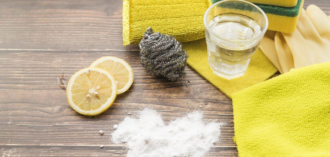DIY: Домашни почистващи препарати